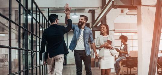 Kuidas koostada müügiesindaja tööpakkumist?